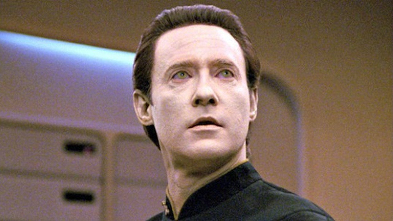 1987: Tenente Comandante DATA (Star Trek)
