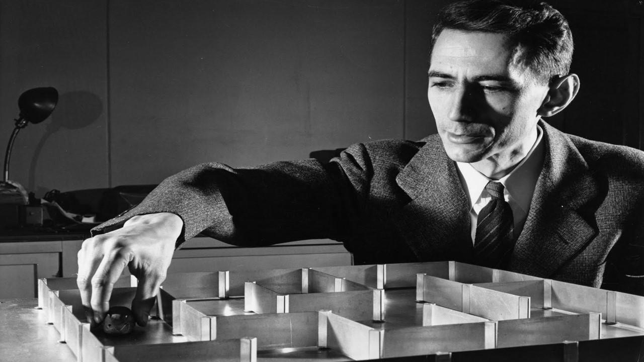 1950 THESEUS, rato cibernético sai de labirintos.