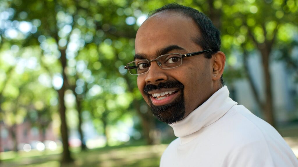 Wyss Core Faculty member L. Mahadevan elected as Fellow of the ...