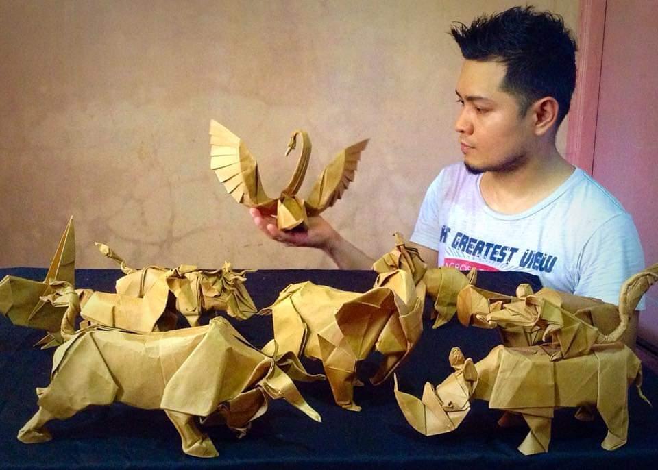 Origami GrandMaster Akira Yoshizawa's Self-Portrait (no music ...   686x960